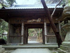 弥谷寺仁王門