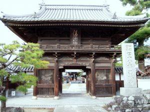 西林寺仁王門