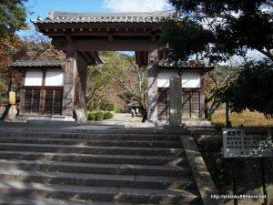 繁多寺山門