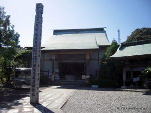 種間寺本堂