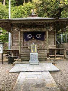 神峯寺の経堂